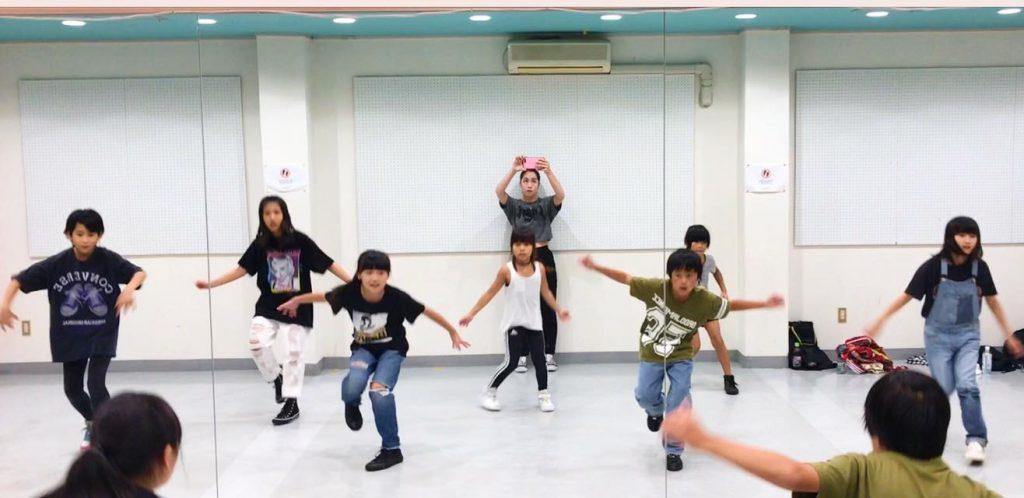 AYU小学生クラスダンスレッスン_1